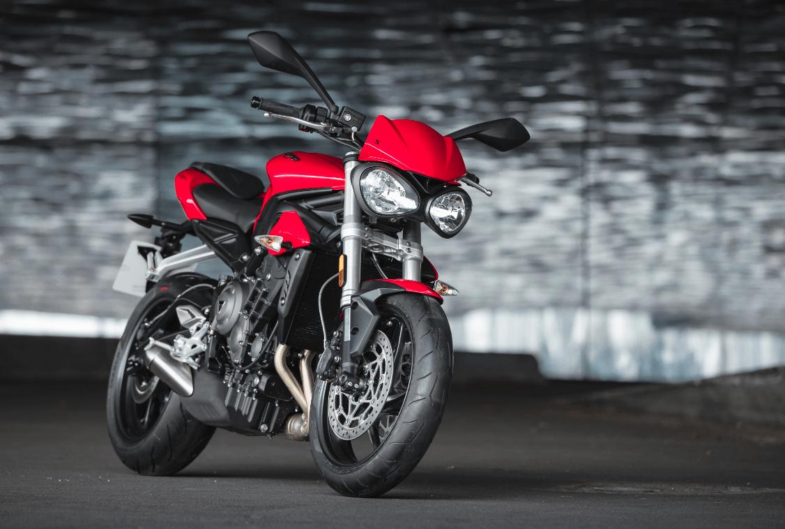Cena 8335,-EUR platí pri financovaní motocykla cez ČSOB leasing  Cenníková cena 8950,-EUR  r.v.: 2018, 765cm3, 83kW (113PS) Led stretávacie svetlá, jazdné módy Road, rain, vypínateľná kontrola trakcie a ABS Financovanie cez leasing alebo úver,…