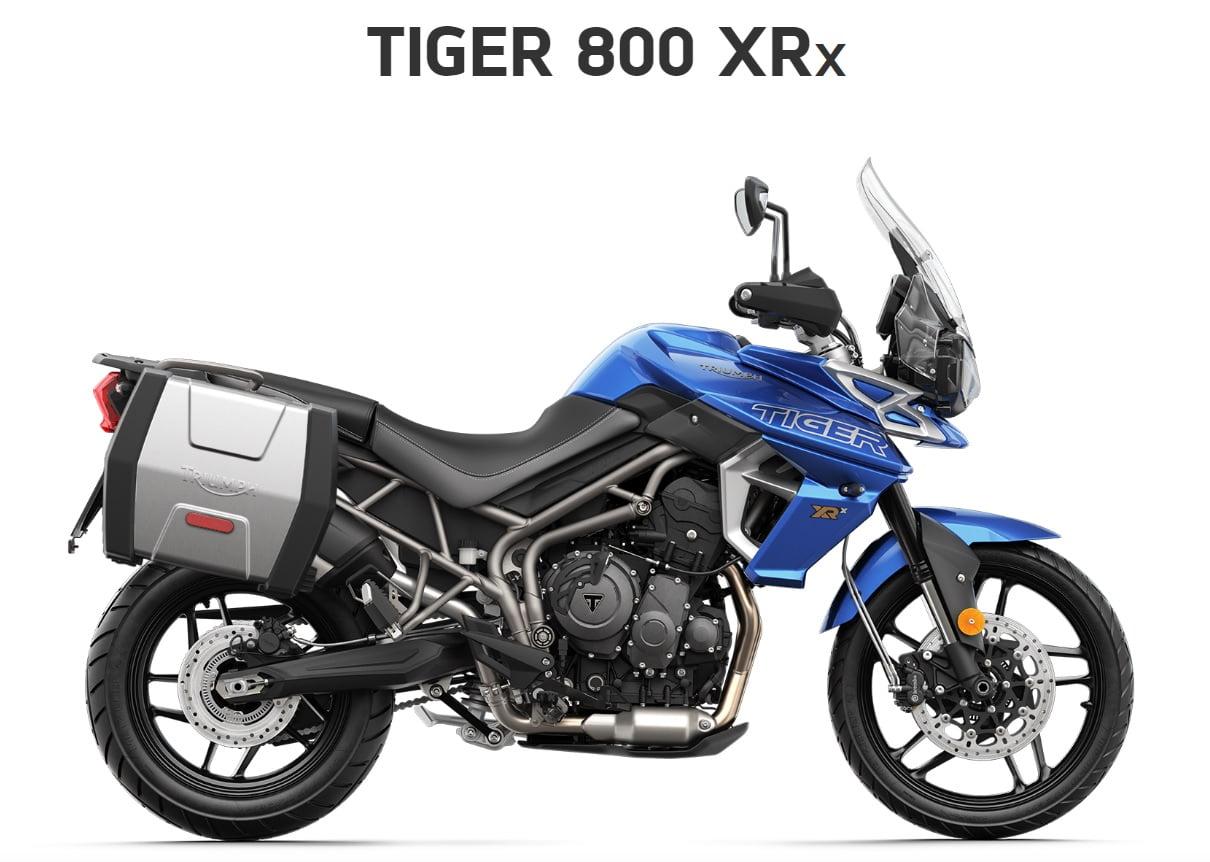 Triumph Tiger 800 XRX  Farba: modrá  Stav km: 0  Cenníková cena motocykla vrátane doplnkov: 13 436,- €. Akciová cena vrátane doplnkov: 12 499,-€. Doplnky v hodnote 1128,- € v cene motocykla. Ponuka sa…