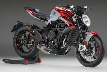2020-MV-Agusta-Brutale-800-RR-SCS-First-Look-sport-motorcycles-quickshifter-autoclutch-10