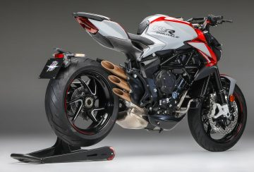 2020-MV-Agusta-Brutale-800-RR-SCS-First-Look-sport-motorcycles-quickshifter-autoclutch-8