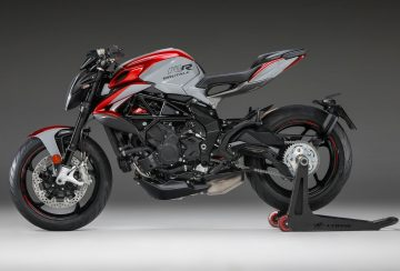 2020-MV-Agusta-Brutale-800-RR-SCS-First-Look-sport-motorcycles-quickshifter-autoclutch-9